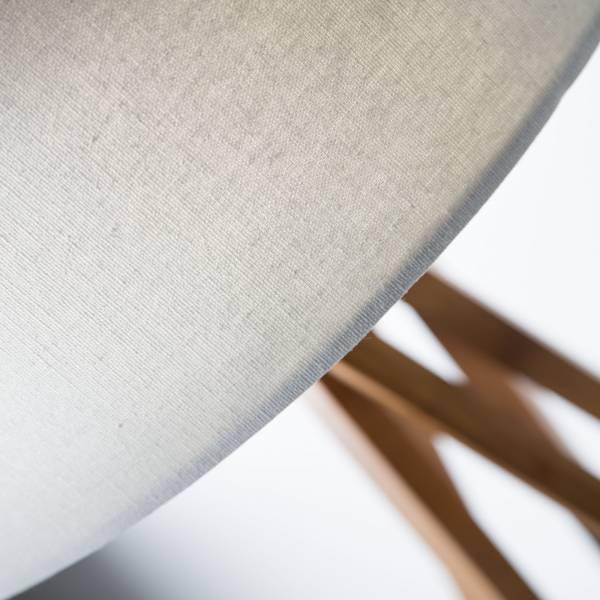 holz stehleuchte stehlampe mit textilschirm stoffschirm. Black Bedroom Furniture Sets. Home Design Ideas
